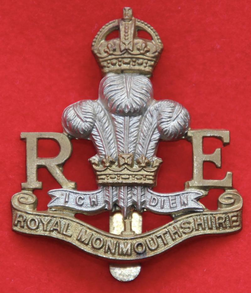 R Monmouth RE Cap Badge